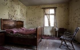 Картинка кровать, окно, стул