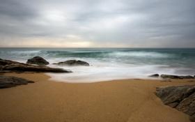 Обои волны, небо, камни, океан, берег, побережье, пейзажи