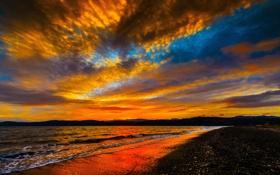 Обои закат, облака, побережье, небо, зарево, прибой, море