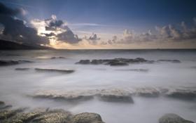 Картинка море, небо, облака, камни, рассвет, утро, горизонт