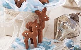 Обои зима, праздник, коробка, игрушка, Новый Год, печенье, Рождество