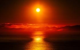 Картинка море, небо, солнце, облака, закат, горы, зарево