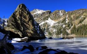 Обои небо, снег, горы, скала, озеро