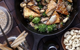 Обои грибы, масло, еда, лук, обед, кунжут, брокколи