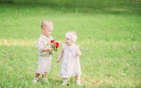 Картинка цветы, дети, букет, мальчик, девочка, лужайка