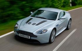 Обои дорога, машина, Aston Martin, скорость, Vantage, V12