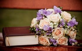 Обои книга, цветы, свадебный букет