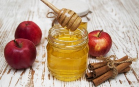 Обои яблоки, мед, корица