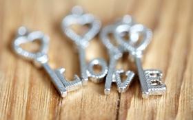 Обои буквы, размытость, сердечки, love, ключи, металлические