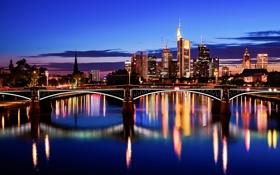 Обои небо, тучи, мост, город, огни, отражение, река