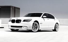 Картинка белый, небо, стекло, стена, 750Li, BMW 750Li, чорное