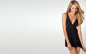 Картинка стоит, черное платье, Милашка