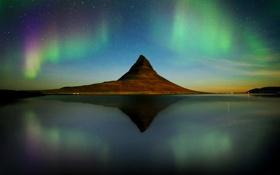 Обои горы, озеро, отражение, зеркало, Исландия, Kirkjufell, полярные сияния