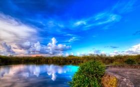 Обои небо, облака, озеро, площадка