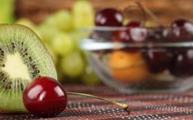 Обои ягоды, киви, черешня, боке