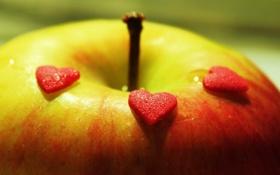 Картинка яблоко, сердечки, макро