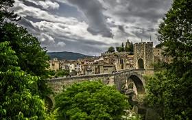 Обои зелень, небо, деревья, тучи, мост, Испания, Spain
