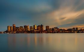 Обои небо, город, огни, океан, панорама, Бостон, Boston skyline