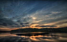 Картинка облака, скалы, сумерки, отражение, озеро, тучи