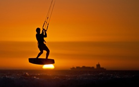 Обои море, небо, солнце, закат, корабль, спортсмен, доска