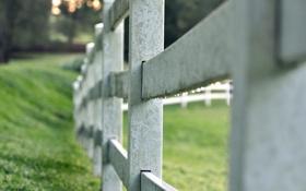 Обои wallpaper, трава, забор, widescreen, ворота, фон, широкоформатные