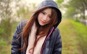 Картинка девушка, лицо, ветер, волосы, куртка, красавица, копюшон