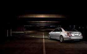 Обои серебристый, парковка, Mercedes, мерседес, AMG, задняя часть, silvery