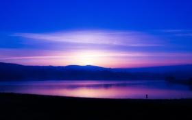 Картинка небо, облака, горы, озеро, зарево