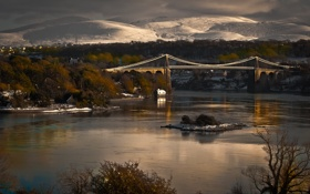Картинка горы, мост, город, река