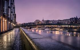 Картинка река, набережная, фонари, ночь, катера, огни, Германия