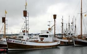Картинка корабли, причал, порт, катера, Исландия, Хусавик