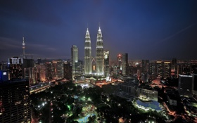 Обои огни, небоскребы, сумерки, Малайзия, Куала-Лумпур