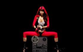 Обои бабиник, костюм, плёнка, красный