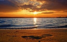 Обои песок, море, вода, фото, берег, пейзажи