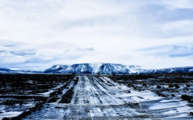 Картинка поле, дорога, гора
