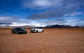 Обои небо, облака, Audi, пустыня, две, 2011, R8Spyder