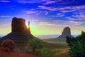 Картинка небо, солнце, облака, лучи, деревья, закат, горы