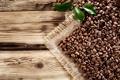 Картинка coffee, beans, кофе, leaves, зерна, wood, cloth