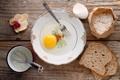 Картинка яйцо, молоко, тарелка, хлеб, вилка, орхидея, мука