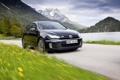Картинка трава, авто обои, golf gtd, дорога, volkswagen, скорость, горы