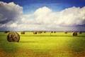 Картинка небо, трава, облака, поля, тень, сено, фермы