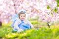 Картинка цветы, ребенок, весна, grass, травка, flowers, spring