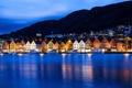 Картинка ночь, город, огни, здания, дома, лодки, Норвегия