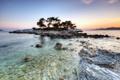 Картинка деревья, озеро, камни, остров