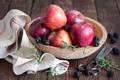 Картинка ягоды, яблоки, фрукты, ежевика, ножницы, салфетка