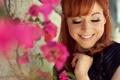 Картинка цветы, улыбка, красавица, Линдси Стирлинг, Lindsey Stirling