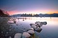 Картинка камни, горы, озеро, рассвет