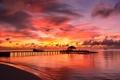 Картинка мальдивы, рассвет, небо, пирс, океан, бунгало