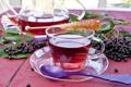 Картинка листья, ягоды, чай, чайник, ложка, чашка, посуда