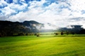 Картинка природа, облака, поле, горы, трава